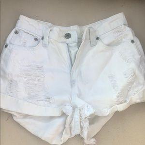 Car mar light light blue/white jean shorts